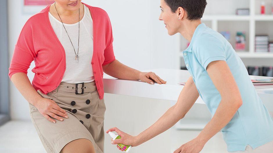medi-fresh-skin-care-flachstrick-frauen-anprobe