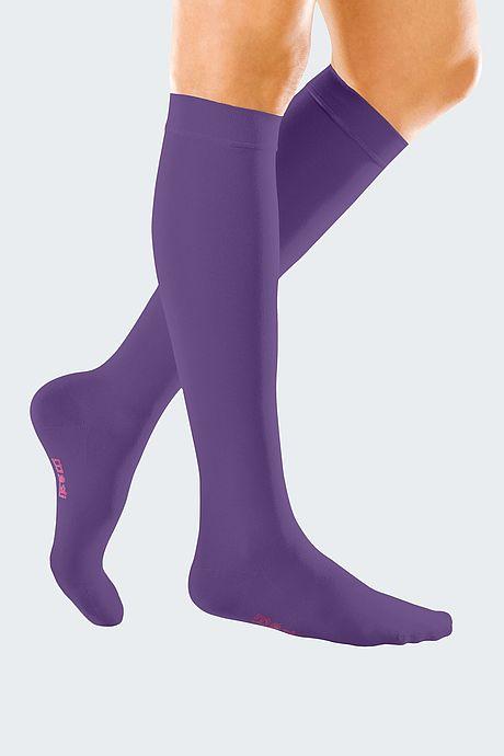 mediven forte Kompressionsstrümpfe Venentherapie violett