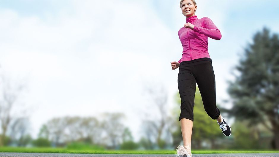 igli Allround Light C+ Carbon-Einlagen Frau Jogging medi
